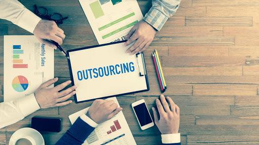 outsourcing-em-ti